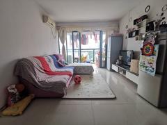 布吉阳光花园 3室2厅74m²整租租房效果图