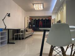 中海塞纳时光 3室2厅84.16m²整租租房效果图